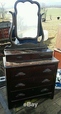 024 Antique Dresser Late 1800's 1900's Dark Oak Mirror Dove Tail Gentleman
