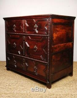 A fine late 17th early 18th century chest of drawers
