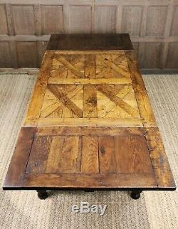 A fine late 18th -early 19th century french draw leaf table