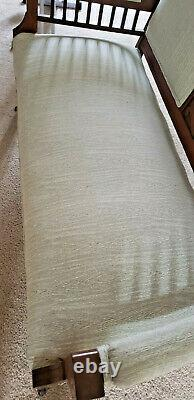 ANTIQUE EASTLAKE VICTORIAN LOVE SEAT SETTEE SOFA Bench- COUCH late 1800s