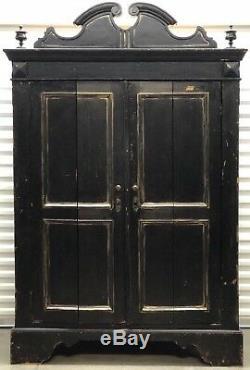 Antique American Heavy Pinewood 2 Door Wardrobe Armoire Late 19th Century