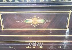 Antique Spoon Carved Victorian Walnut Eastlake Style Bed Frame Circa Late 1800s