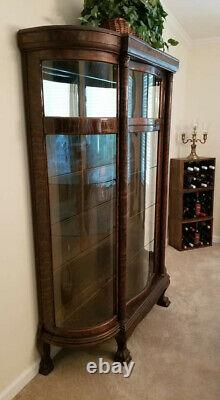 Antique Tiger Oak Curved Glass Canopy Claw Foot China Cabinet ca. Late 1800s