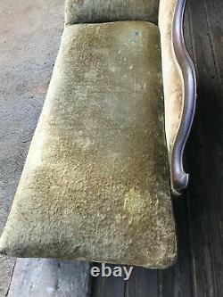 Antique Victorian Fainting Couch, Late 1800's to Early 1900's