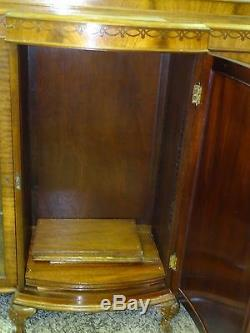 EXQUISITE ANTIQUE LATE 19c CHIPPENDALE REVIVAL MAHOGANY VENNEER CHINA CABINET