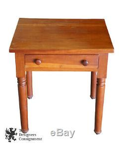 Early American Style Antique Maple Side Accent Table Late 19th Century Primitive
