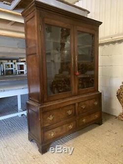 Fantastic, Georgian Oak Linen Press/cabinet/cupboard, Original, Late 1700s