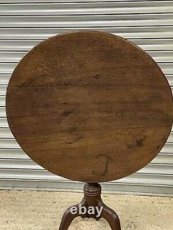 Handsome Late 18th / Early 19th Century Georgian Tilt Top Occasional Table