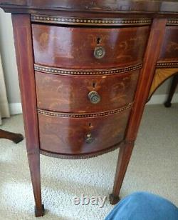 LATE 19thC VICTORIAN MAHOGANY & MARQUETRY DESK IN 18thC GEORGE III STYLE & CHAIR