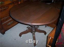 Late 1800's Walnut Victorian Dropleaf Dining / Entry / Parlor Table (T42)