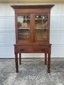 Late 1800s Arts & Craft Secretary Desk With Hutch