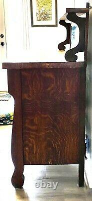 Late 1800s Tiger Oak Buffet/Sideboard with Mirror
