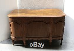 Late 19th century Curved front Walnut Knee hole desk tooled leather top