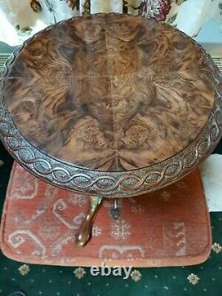 Late Georgian / Early Victorian Unusual Burr Walnut Sewing Table
