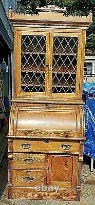 SOLID OAK CYLINDER ROLL TOP SECRETARY DESK LEAD, GLASS TOP CABINET Late 1800's