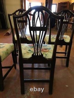 Set of four English Hepplewhite'shield back' mahogany chairs, late 1700s