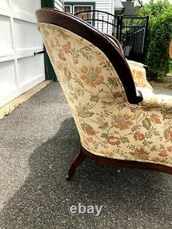 Victorian Late 1800s Hand Carved Mahogany Sofa Couch