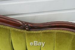 Victorian Late 1800s Mahogany Hand Carved Loveseat Settee Sofa Couch 1048