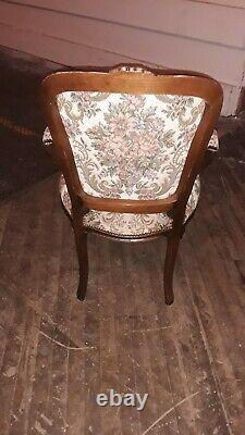 WOW $90 DOWN NOW! Gorgeous Antique Late 19th Century Victorian Arm Chair