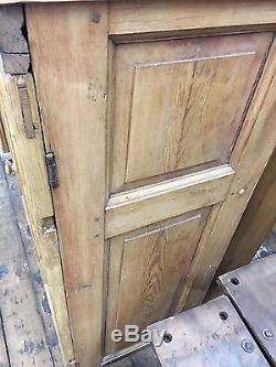 Wonderful Antique 2 Door Pine Cupboard Nice Diminutive Size Late 19th Century